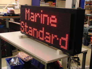LED display alfanumerisk marin standard